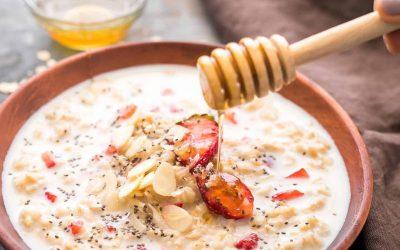 Strawberries and cream porridge
